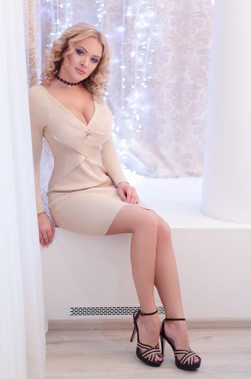 Alena diferencia entre mujeres rusas y ucranianas