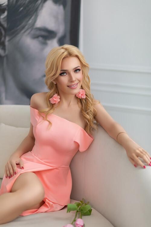 Juliya mujeres hermosas rusas ucranianas