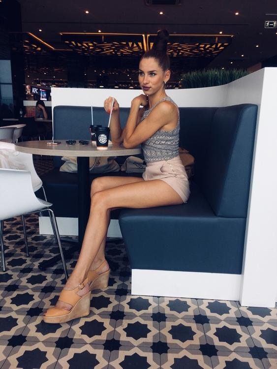 Yanina mujeres solteras zulia